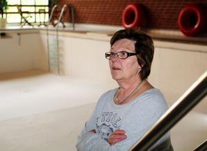 Ljusne badförening med ordföranden Ewa Lindh har kämpat så gott de kunnat för att hålla badet öppet.
