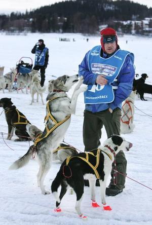 Den norske friluftsprofilen Lars Monsen som bland annat korsat arktiska Kanada på tvärs. I årets Amundsen Race slutade han på en nionde plats.