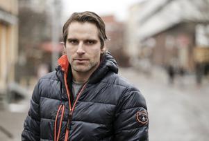 Andreas Westh är en dyster stjärnlirare i Bollnäs GIF. En säsong utan slutspel svider.