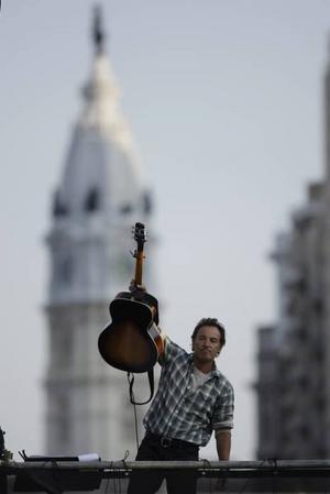Gav stödkonsert. Bruce Springsteen spelade till förmån för demokraterna i Philadelphia.
