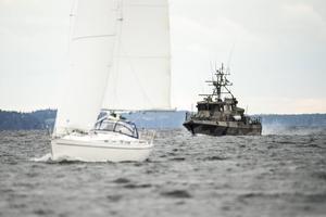 Det pågår ubåtsspaningar i Kanholmsfjärden.