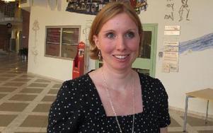 Erika Zakrisson, projektledare, vill att energi och klimatfrågor kommer upp i så gott som alla ämnen i skolan, även exempelvis svenska.-- Man kan skriva om vindskraftteknik, föreslår hon.Foto: KARIN SUNDIN