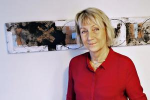 Ann-Katrin Sundelius, kommundirektör Sandviken, var på plats i Vallhovsskolans gymnastiksal under fredagskvällen då det brann i flera radhus.