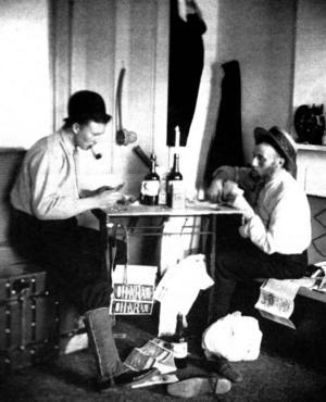 Erik Brodin, i svart hatt, och Hugo Hammar: