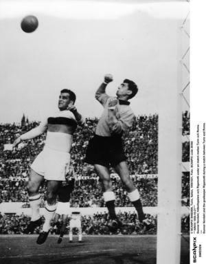 Erland Lungren tycker fotobollen var bättre på Gunnar Nordahls tid.