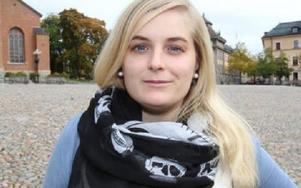 Linnea Risinger, Falun– Menskoppen! Smartaste uppfinningen på länge, Miljövänlig, kroppsvänlig, billig, sexvänlig, badvänlig och alla tjejers nya BFF! Köp en till din syster, dotter, granne i dag. Foto: