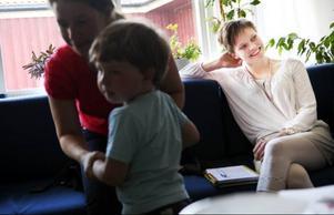 Inga Márjá Steinfjell anser att Utbildningsdepartementet och Luleå Tekniska Högskola är ansvariga för att inte ha utbildat pedagoger i samiska.Foto: Håkan Luthman