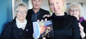 Med en nygjord reklamfilm hoppas vice kommunstyrelseordförande Evy Degerman (C), kommunchef Leopold Stoltz, Johanna Runarson och kultur- och fritidsutskottets ordförande Anita Blomqvist (S) öka samarbetet med Kina.