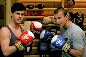 Salah Nazar Taha (till höger) föll i samtliga matcher i Halmstad. Till vänster Tom Graf. Foto: Niclas Bergwall