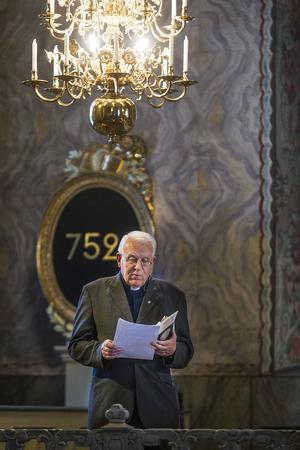Bo Johansson inledde kvällen med att berätta om Tomas Tranströmers liv och läsa ett flertal av hans dikter.