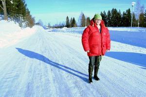 Monica Rolandsson, som leder motståndet i Undersåker mot JP Vinds vindparksplaner i Moskogen, tycker inte det känns bra att Åre kommun antar översiktsplanen för vindkraft när så mycket fortfarande är oklart om Moskogenprojektet.   Foto: Elisabet Rydell-Janson