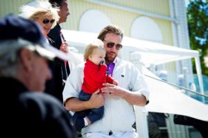Peter Forsberg, med sonen Lennox.