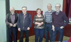 Här är de närvarande som fick förtjänsttecken när PRO Hede-Vemdalen hade årsmöte. Från vänster Alf Östberg, Bertil Fjellner, Judith Myhr, Åke Nilsson och Lars Löfgren. Foto: Åke Nilsson.