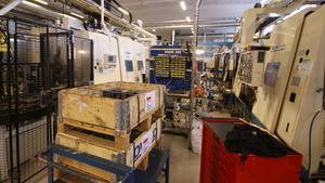 Sex av Secorocs gamla maskiner kommer bytas ut mot tre nya, som möjliggör en högre produktionstakt.