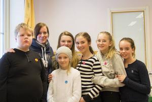 Alfred Moberg, Anna Kristina Karlsson, Natalie Muhlie Englin, Stina Adler, Iris Olsson, Eira Djäkner och Tova van Ewijk tyckte det var en bra föreläsning om tycker att det är att få en tankeställare om hur man ska förebygga mobbing och bete sig på internet.