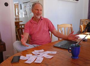 – För att skaffa sig daler att handla för måste man själv ha något att erbjuda. Det har fått många att tänka efter: Vad är det jag kan och är bra på som andra kan ha nytta av? säger Björn Roxendahl en av initiativtagarna bakom den lokala valutan.
