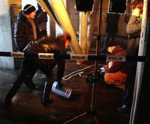 Videomakarna Johan Lehman och Jon Lindroth under en spännande arbetsdag i Ystad där videon till Why spelades in. Låten är ledmotiv i den nya wallanderfilmen.