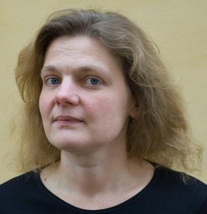 Skulptören Corinne Ericson är från Göteborg men bor i Stockholm. Rötterna har hon i Jämtland i bygden kring Häggenås, där hennes mormor växte upp.