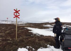 Skoterlederna upp mot Helags från Ljungdalen.