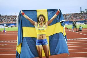 Den svenska stavhopperskan Angelica Bengtsson efter att ha tagit brons på EM i Amsterdam 2016.