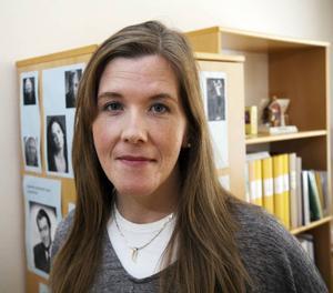 """Kändisar som stammar. På sitt arbetsrum har logopeden Madeleine Holmqvist ett eget """"wall of fame"""" med bilder på kända personer som stammar. """"Det kan vara bra att se att stamningen absolut inte behöver göra att det går dåligt för en i livet""""."""