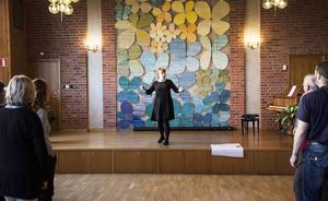 I fem år har Jenny Michanek dirigerat Cantilenakören.