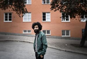 Soran Ismail. Är med journalisten Jonas Steken Magnusson aktuell med en ny bok.