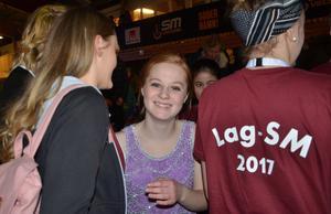 Med guldmedaljen om halsen kunde Emma Söderlund andas ut. Det blev ädlaste valör till henne och kompisarna i Mälardalens Dansklubb.