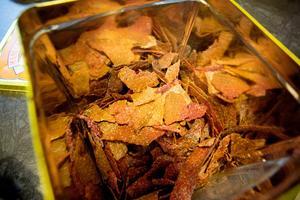 Små, spröda kakor, Höga Kusten Granit gjorda på surdeg.