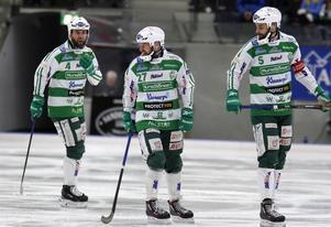 Anders Bruun, till vänster, stannar i Västerås SK en säsong till. På bilden syns även Mikael Olsson och Magnus Joneby.