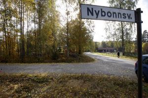 Nybonnsvägen i Näsviken är ett exempel på platser där fotgängare ofta passerar, som behöver lägre hastigheter för att vara trygga.