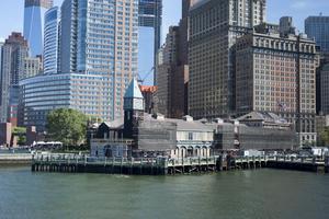 Turister kan se fram emot fler restauranger vid vattnet.