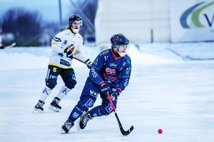 Borlänges Lukas Mårdberg missade både en straff och ett friläge i derbyt mot Falu BS.