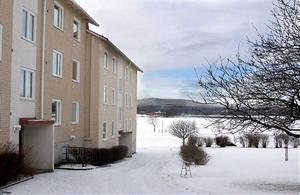 Bostadspriserna i Härnösand slår alla rekord. I det här huset såldes nyligen en bostadsrätt för över en miljon kronor.