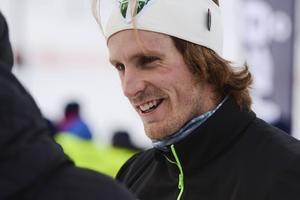 Emil Johansson, IK Jarl Rättvik, möter elva norrmän i en tävling om 12. Tre av dem bär efternamnet Northug.