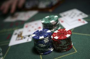 Företaget FC Casino AB ansöker om att få ha två Black Jack-bord i Camp Norways festivaltält.