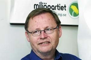 Jan Lindholm (MP) hänvisar till granskning som