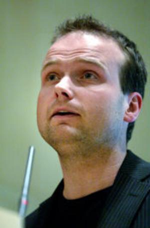 Folkpartisten Lars Persson var stolt över att oppositionen kunde presentera ett gemensamt budgetförslag vid gårdagens fullmäktigemöte.