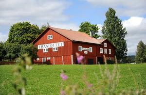 Träslottet i Koldemo, Arbrå blev en turistattraktion på 1960-talet när Willy Maria Lundberg kom dit.
