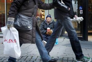 Sundsvalls kommun beter sig oanständigt i hanteringen av de EU-migranter som är här och tigger.