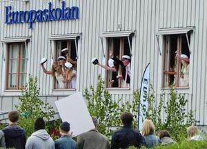 På besök i Strängnäs råkade vi komma mitt i det glada studentfirandet!P.S: Glömde fylla i min adress: Skjutbanegatan 21 A, 72339 Västerås