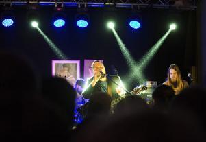 En gala som den här är precis vad det lokala musiklivet behöver. Beardfish underhöll publiken under kvällen.