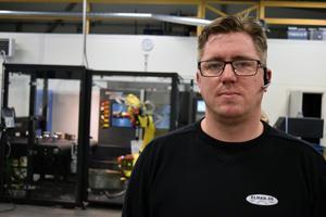 Fredrik Bertils driver, tillsammans med sin bror Tom, Edvin Larssons mekaniska i Dala-Järna.