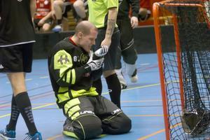 Per-Ols-målvakten Mats Karlsson.