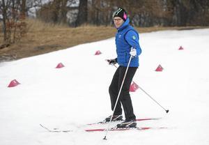 Prins Daniel på skidor.