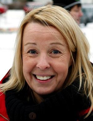 – Ja, det gör jag. Man känner julstämningen.Lena Jonsson, 42, kansliassisten, Nolby.