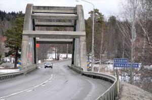 Ettabild: När Fujitsu nu tappar tjänster till Frösön måste Stuguborna börja pendla de tio milen tur och retur.