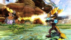 Nya Ratchet och Clank är fullt av roliga vapen och verktyg. Ratchet får bland annat ett par raketskor som gör att han kan flyga fram. Praktiskt på stora banor.