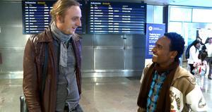 Martin Schibbye träffade Chaala Haiul Abata direkt när han landade på Arlanda.