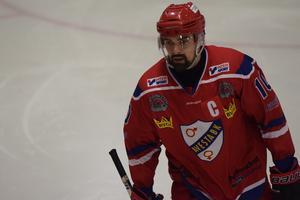 Simon Broström var väldigt besviken efter förlusten mot Falu IF på hemmaplan. Foto: Mathias Andersson